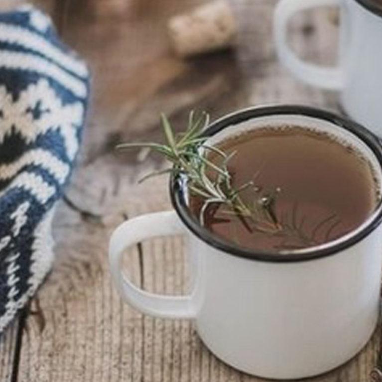 thé et tisane chauds en automne